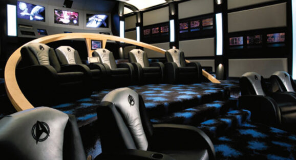 Man Caves Pirate Episode : This star trek themed home theater might get you laid
