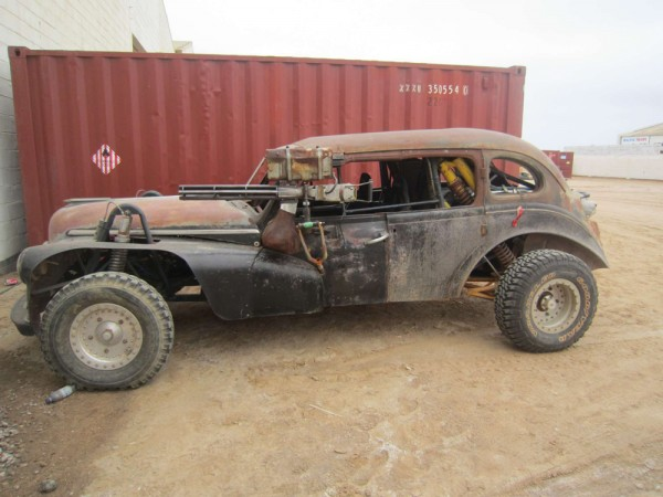 mad-max-4-fury-road-car1-600x450