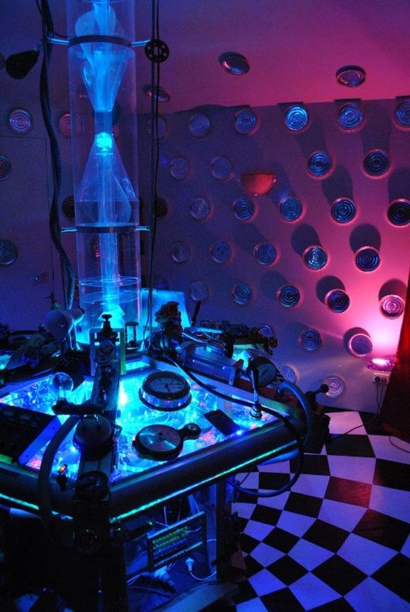 Custom Built TARDIS Living Room Giant Freakin RobotGiant