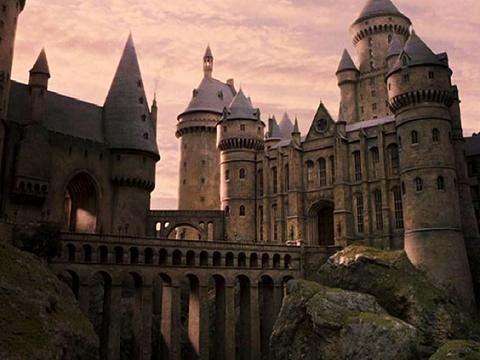 hogwarts-harry-potter-30982898-1024-768