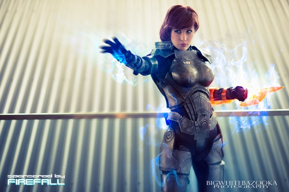 Awesome Mass Effect Cosplay Turns Commander Shepard Into A