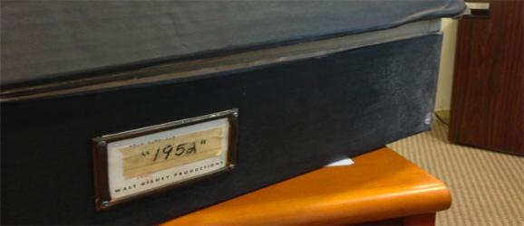 1952-box