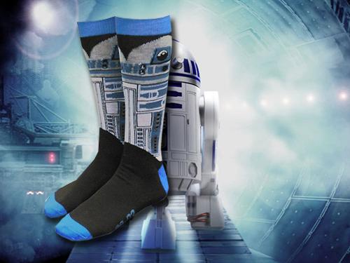 header-r2-d2-and-yoda-socks