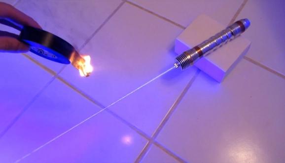Как сделать лазер из пластика 207