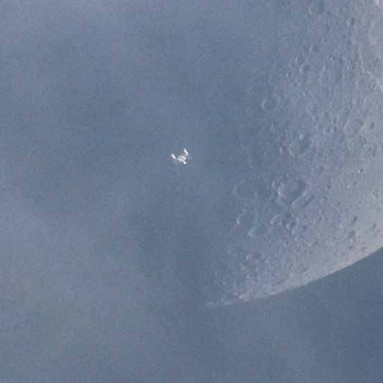 iss moon2