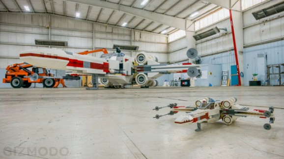 Full size x-wing
