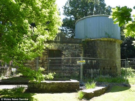 observatory present