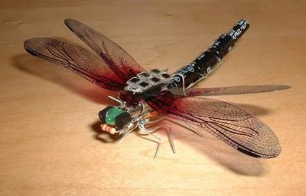 Solar dragonfly
