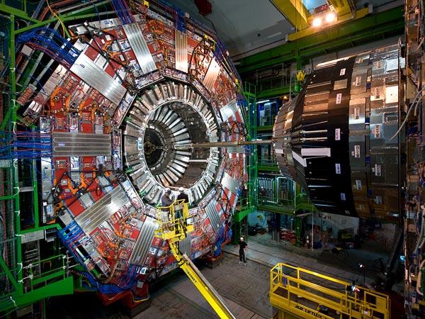 Risultati immagini per quinta dimensione, LHC