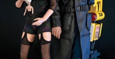 Roy-Batty-and-Pris-action-figures