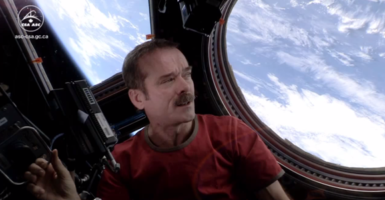 Chris-Hadfield-Space-Oddity-1