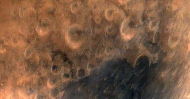 MOM's first Mars photo