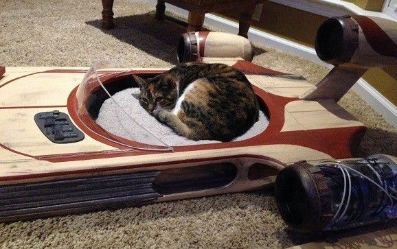 This Homemade Star Wars Landspeeder Pet Bed Is Totally The Cat S