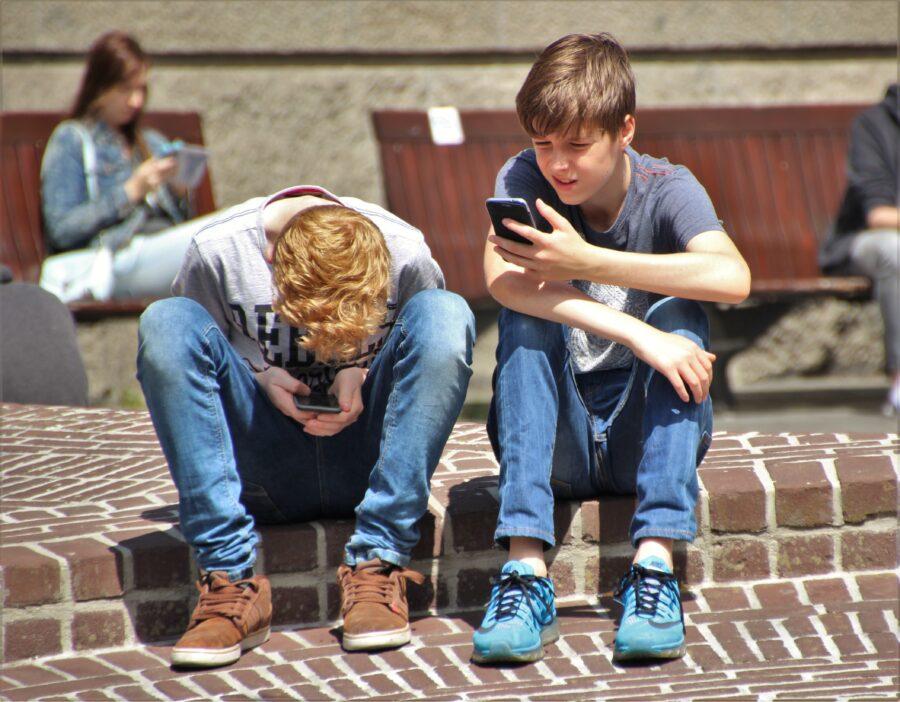 Kids on Smartphones
