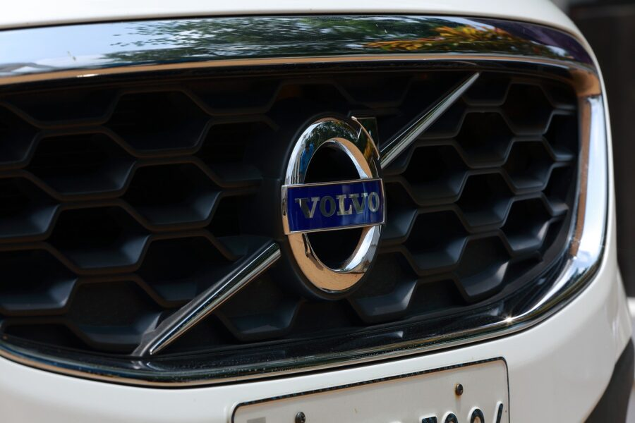 Volvo self-drive