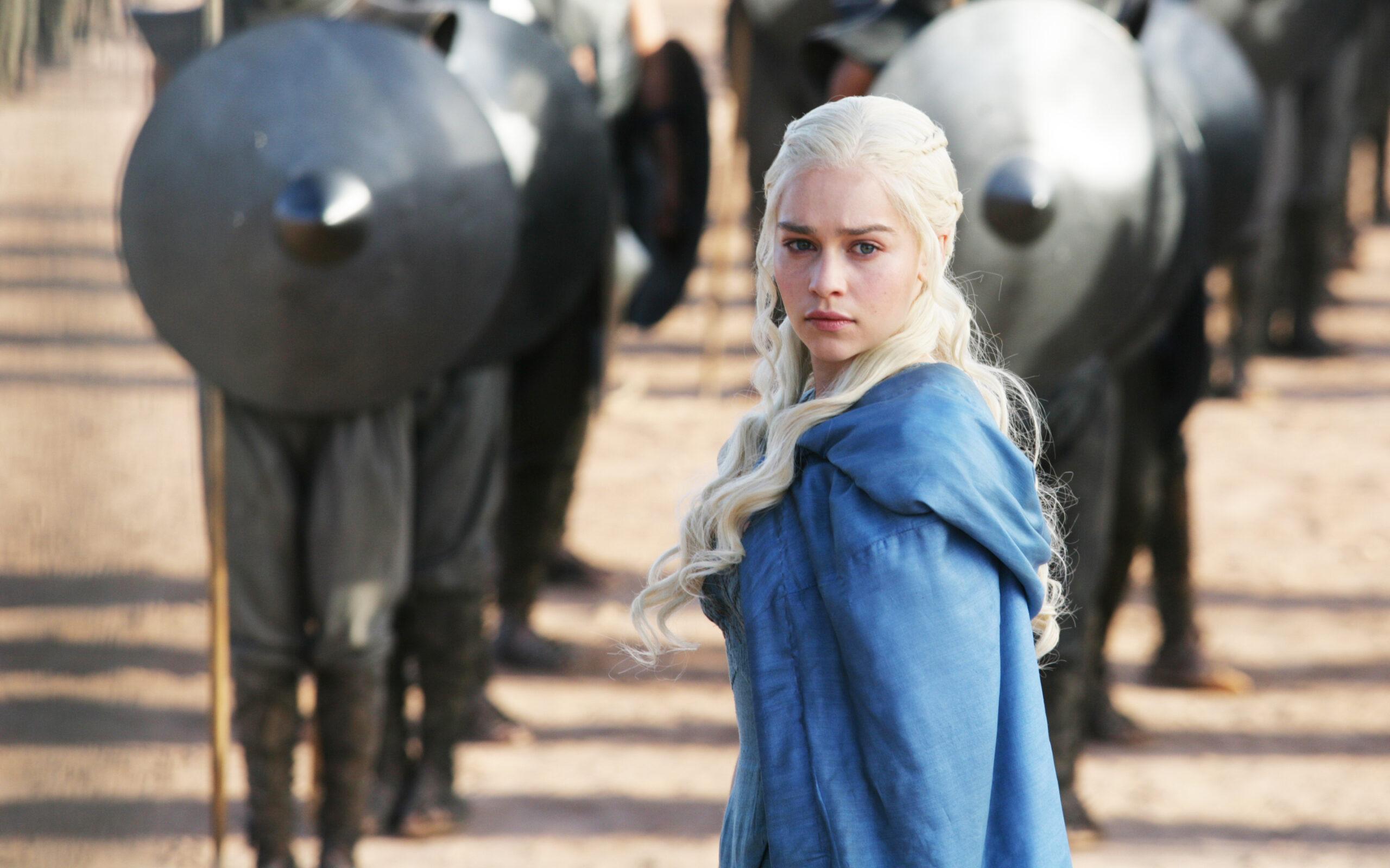 Emilia Clarke Says Male Game Of Thrones Stars Got Preferential Treatment