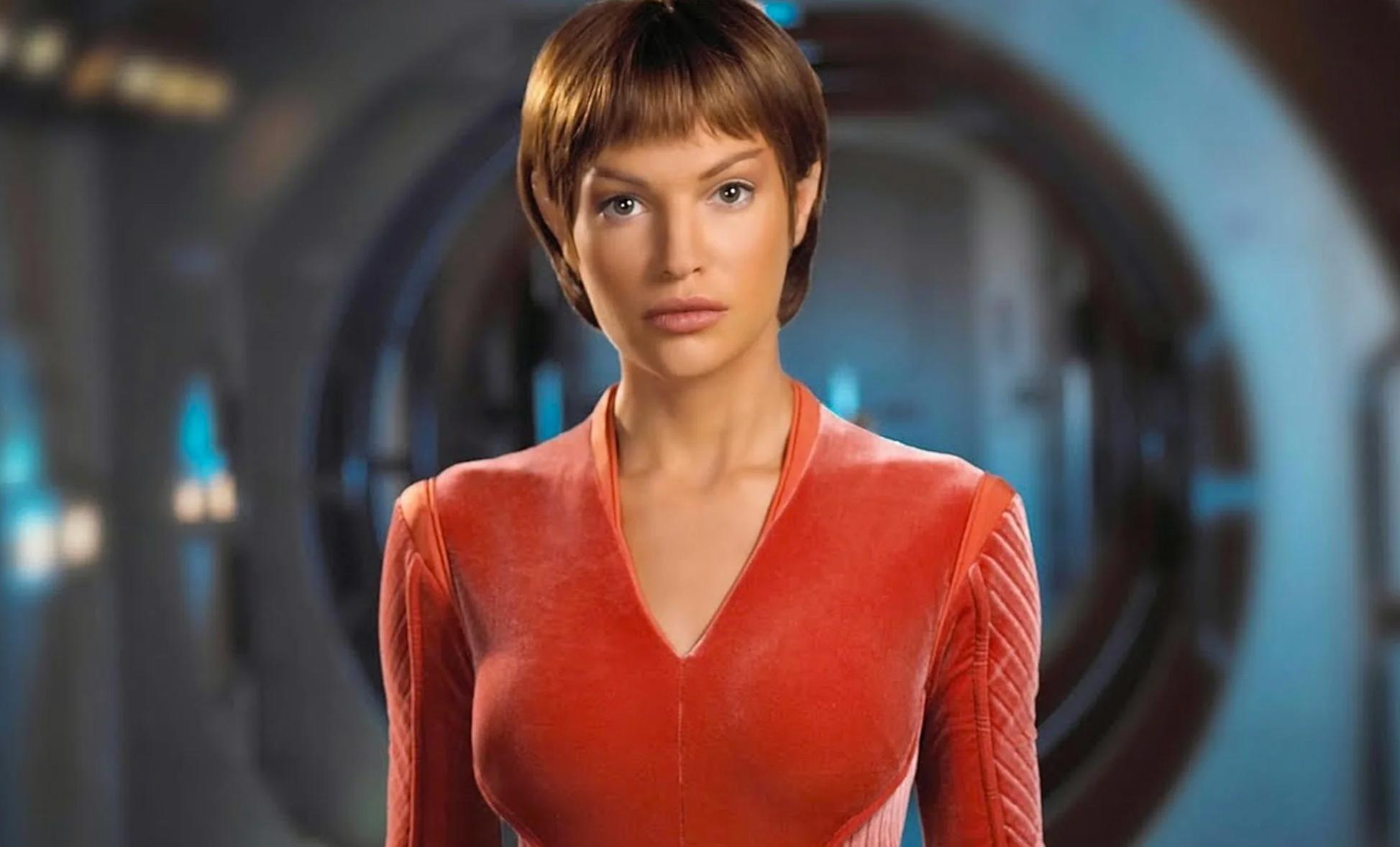 Jolene Blalock – Where Star Trek: Enterprise's First Officer Is Now