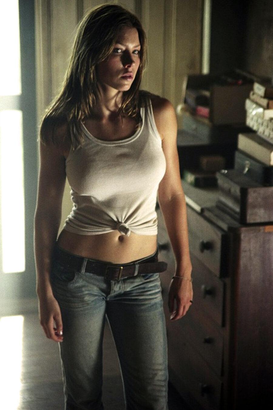 Jessica Biel in Texas Chainsaw