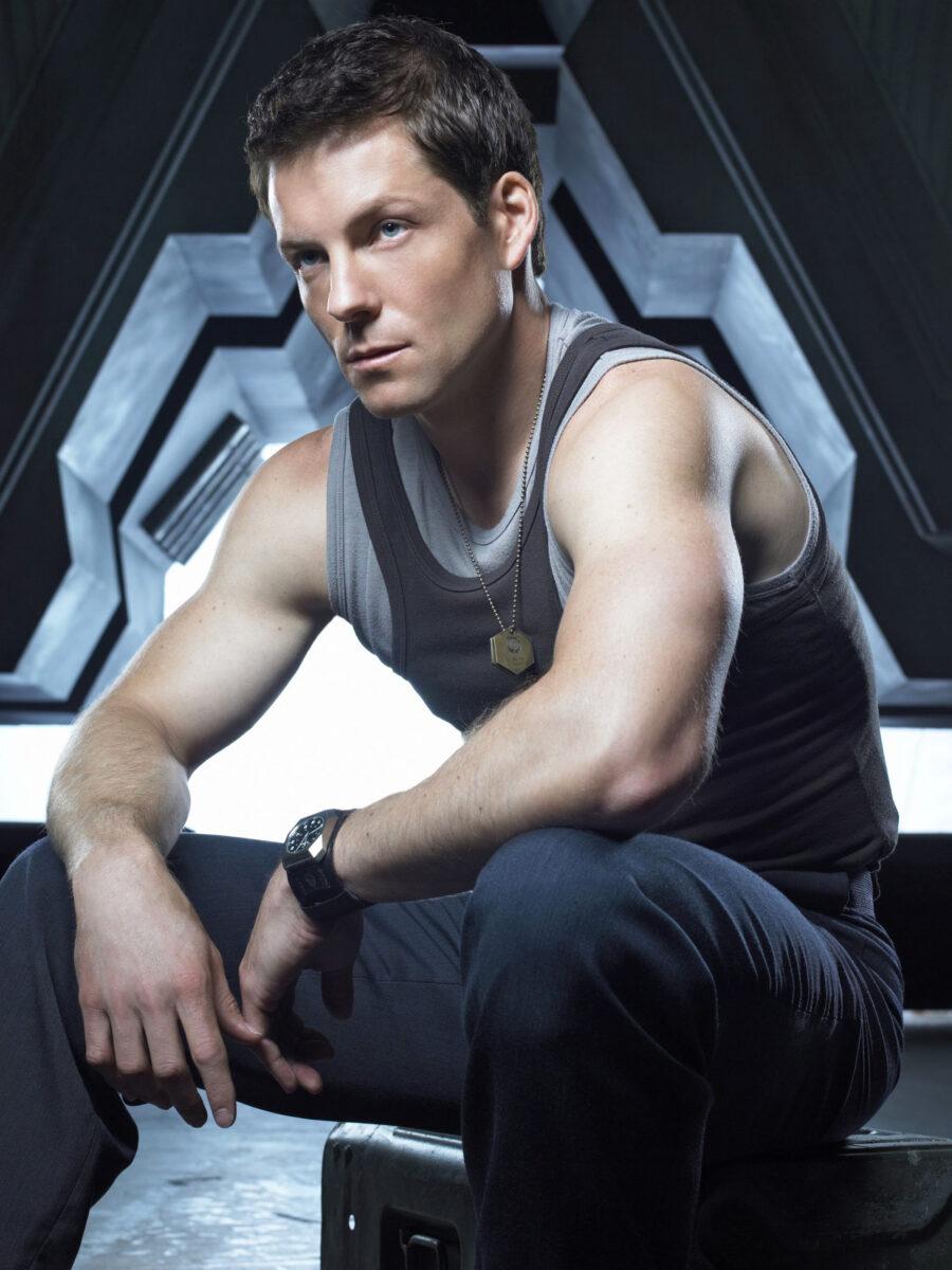 Jamie Bamber  as Apollo