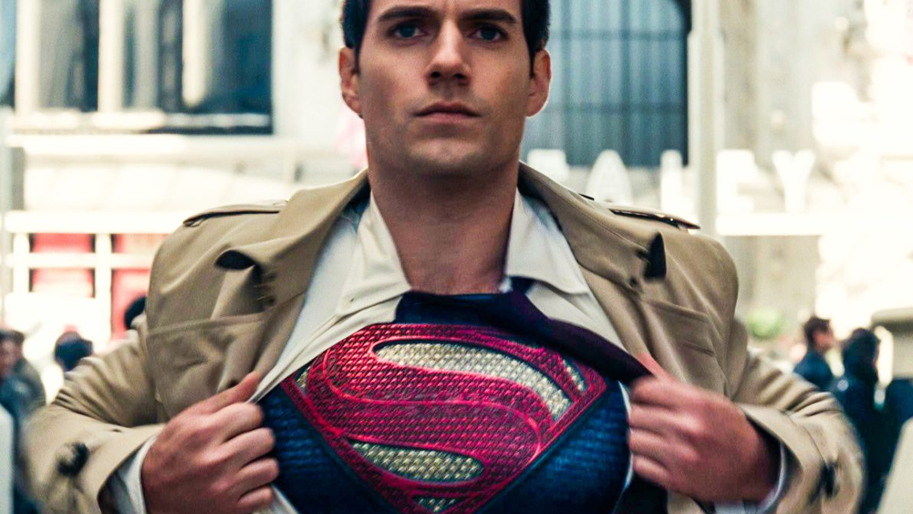 Henry Cavill Is Back As Superman! Signed To Star In More Superman Movies