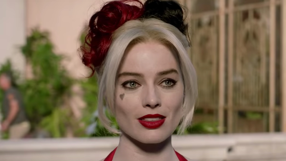 See Margot Robbie's New Harley Quinn Costume, It's Totally Different