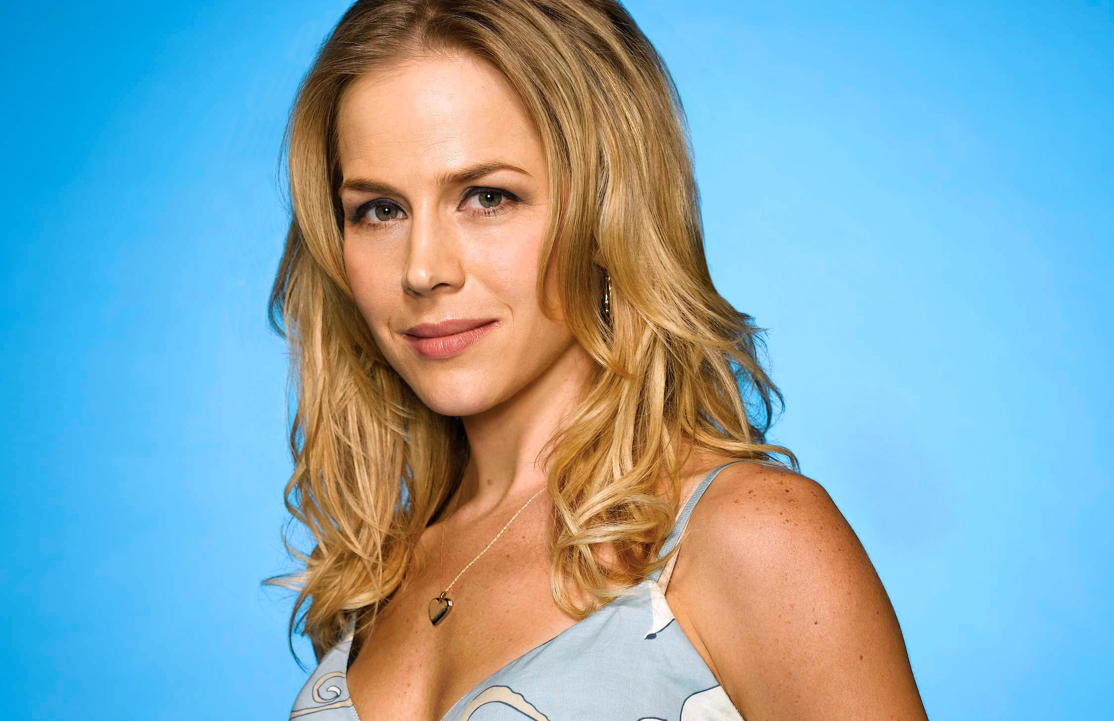 Julie Benz: How She Ended Up Desperate And Frequently Dead