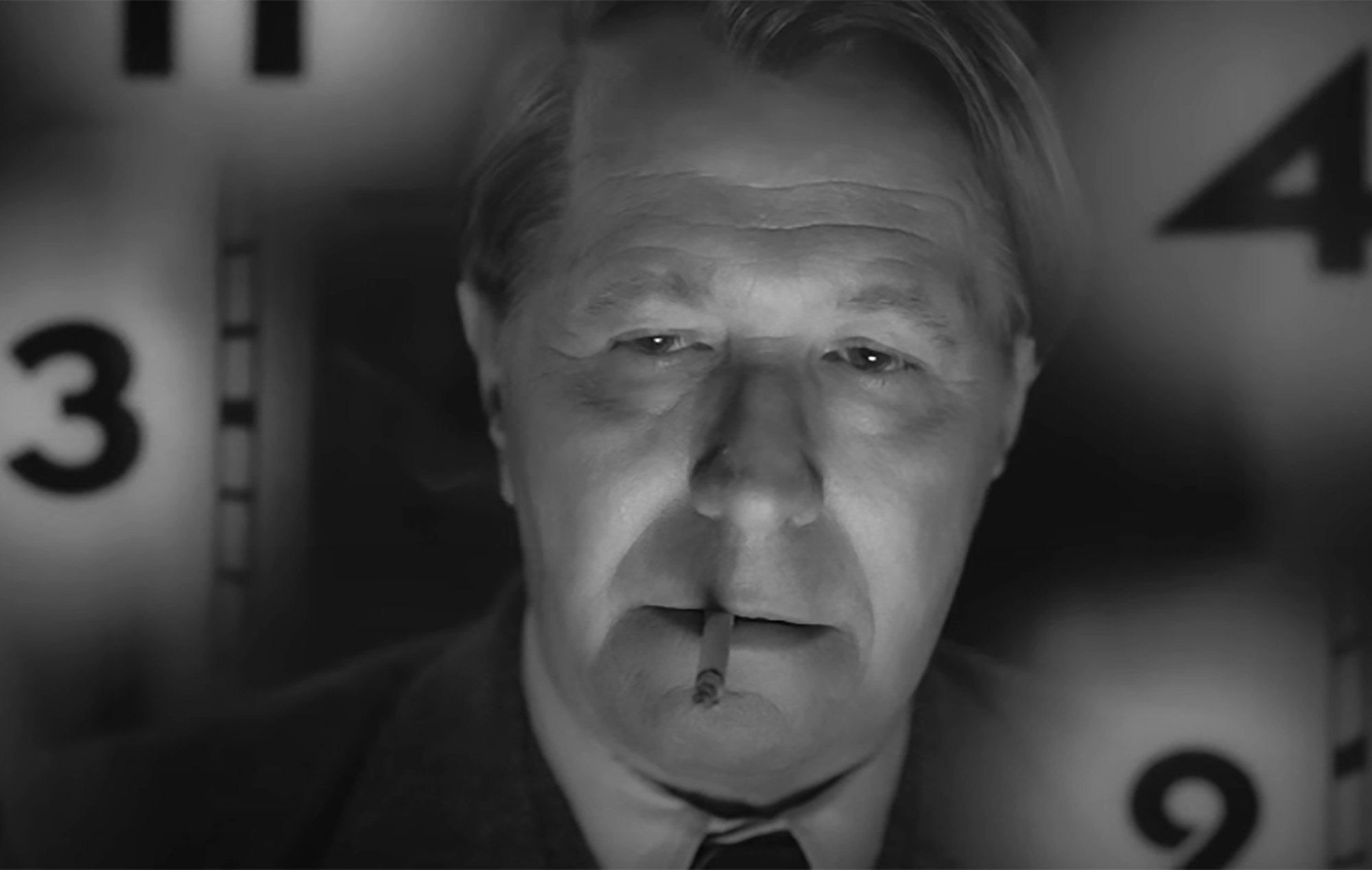 Mank: First Trailer For Gary Oldman's Black And White Netflix Movie