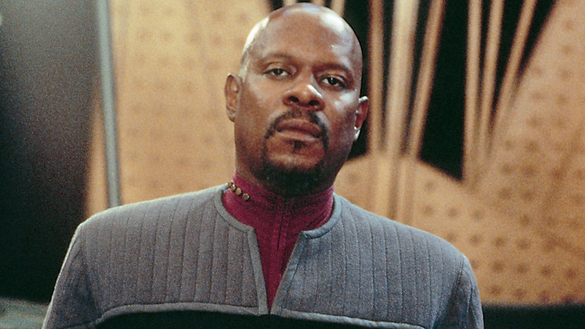 Avery Brooks Wants To Return To Star Trek But Racism Is Stopping Him