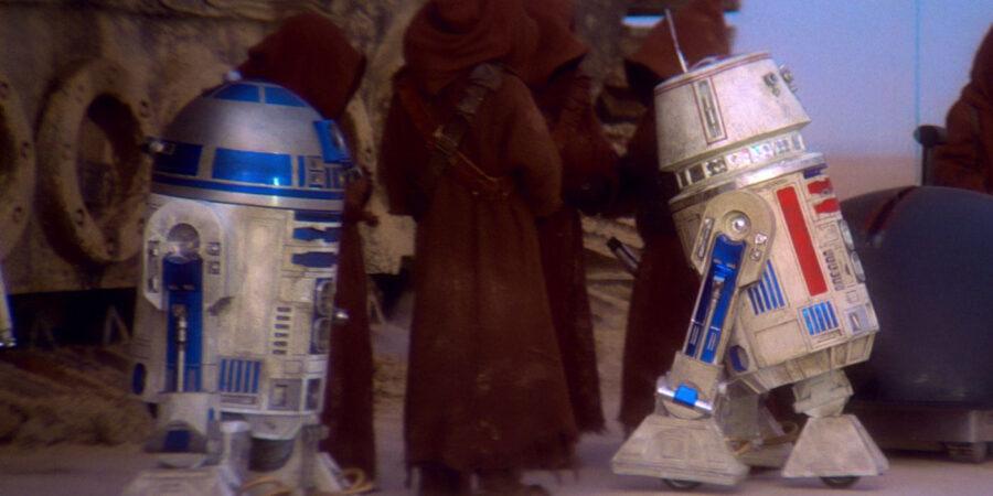 R2-D2 R5-D4