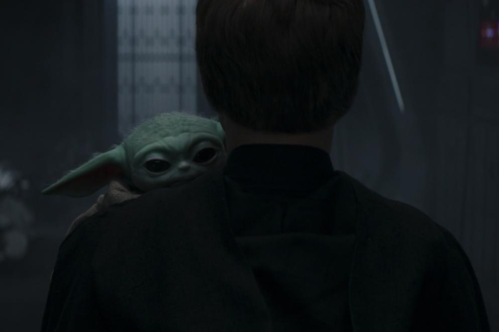 Baby Yoda and Luke