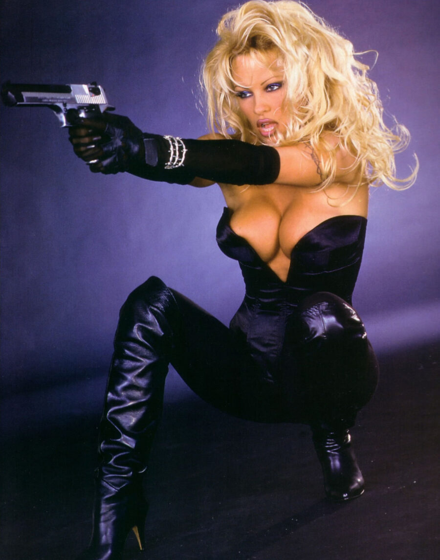 See The Actors Cast To Play Pam Anderson And Tommy Lee