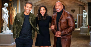 Red Notice Dwayne Johnson Ryan Reynolds Gal Gadot