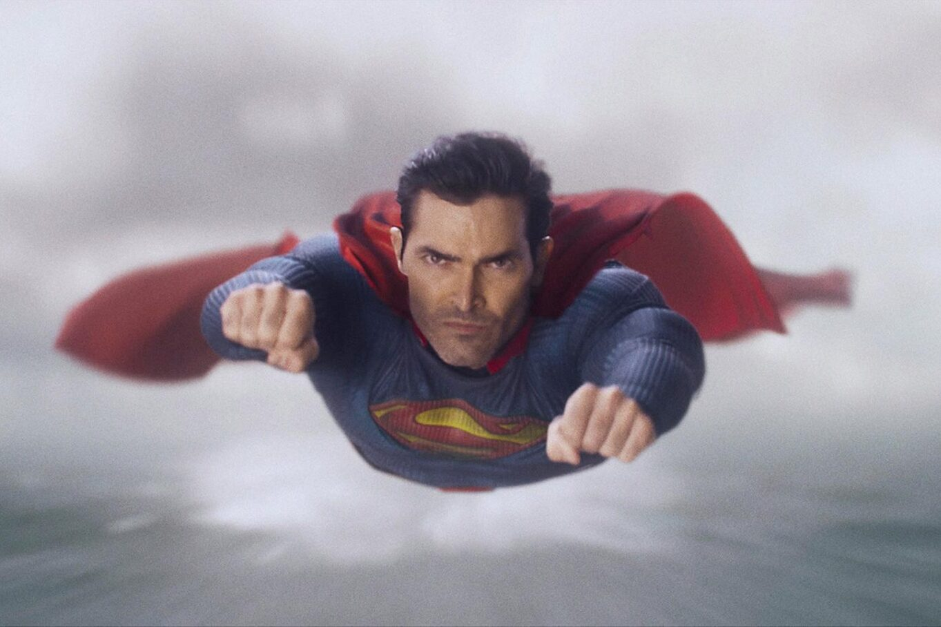 Superman And Lois Delivers A Better Clark Kent Than Henry Cavill