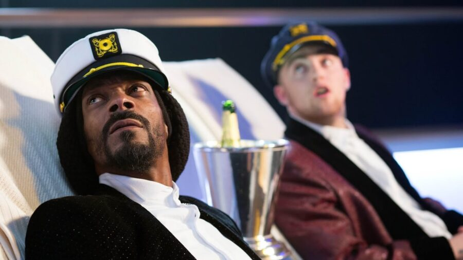 snoop dogg in scary movie 5